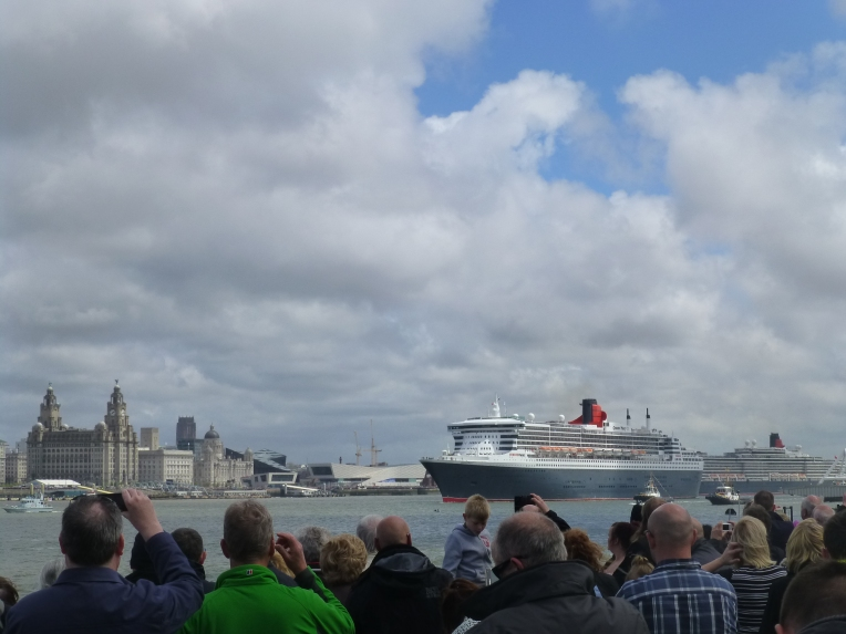 Three Queens line up at Three Graces, Liverpool